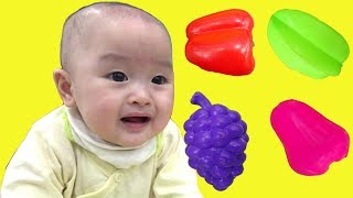 Download Johny johny yes papa with baby cute at indoor playground for kids and family fun - ジョニージョニーはいパパ Video