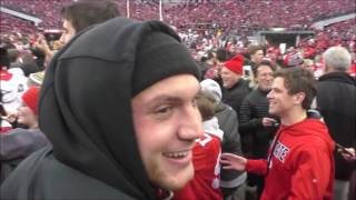 Download Ohio State players sing Carmen Ohio following 30-27 win over Michigan - ELEVENWARRIORS Video