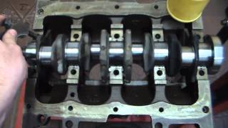 Download Oficina Mecânica - 13-12-2014 - Montagem do Motor - Uno 1.0 8v. Fire Flex 2007 - Pt1 Video