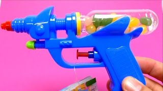 Download Candy Toy Gun - Water Gun with Jelly Belly Beans Video