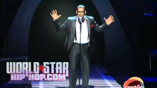 Download R. Kelly Performance At The 2010 Soul Train Awards! Video