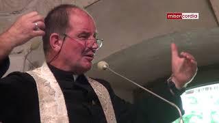 Download Egzorcysta ks. Zbigniew Baran o walce z szatanem i wstawiennictwu św. Michała Video