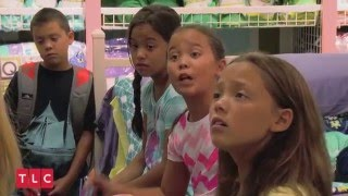 Download Kate Plus 8: Back To School Video