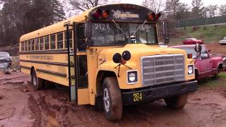Download !ANOTHER SCRAPPED SCHOOL BUS! 1985 International Video