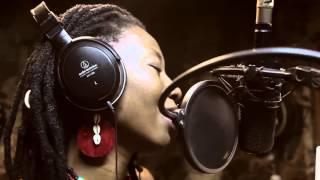 Download «Timbuktu Fasso» - Fatoumata Diawara & Amine Bouhafa Video