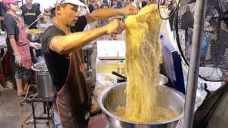 Download The Famous Bangkok Thailand Street Food Noodle - Huge Seafood and Dim sum Jompalang Noodle Video