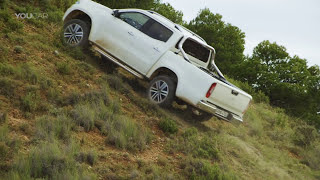 Download Mercedes X-Class (2018) Luxury Pickup Truck [YOUCAR] Video
