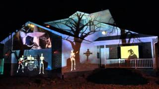 Download 2015 Halloween House Projection Display Live Video