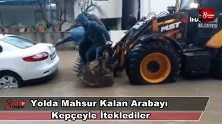 Download Yolda Mahsur Kalan Arabayı Kepçeyle İteklediler 16 Ocak 2019 8gunhaber 1 Video