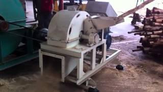Download Biotrituratore raffinatore professionale per macchine pellet pellettatrici ,Diesel o Corrente Video