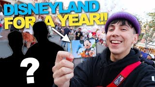 Download SURPRISING BEST FRIENDS with DISNEYLAND FOR A YEAR!! (PRICELESS REACTION) Video