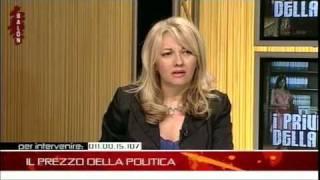 Download TELEFONATA DA CASA CON INSULTI AGLI OSPITI IN DIRETTA - BALON 12.05.10 Video