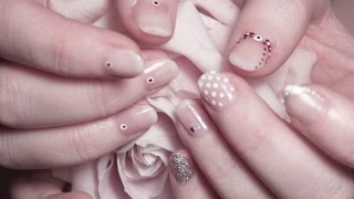 Download Six Simple Bridal Nail Designs Video