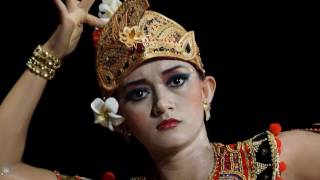 Download Tari Margapati video angkatan seni tari fbs unnes 2012 Video