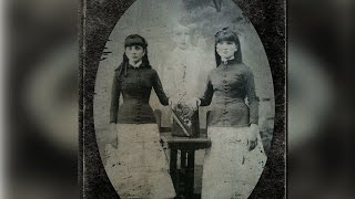 Download Vintage Family Portraits That Are Really Bizarre And Strange Video