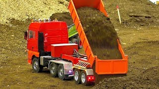 Download AMAZING RC CONSTRUCTION SITE WITH FASCINATING MODEL MACHINES IN ACTION Video