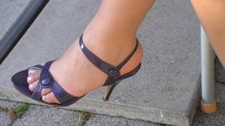 Download high heels sandals dangling 5 Video