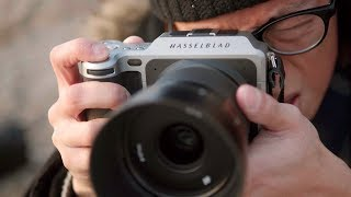 Download Hasselblad X1D - 50MP Medium Format Mirrorless Camera Review! Video