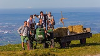 Download LAUSBUAM - Resi, i hol di mit meim Traktor ab Video