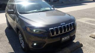 Download 2019 Jeep Cherokee Latitude Start up Engine and full tour Video