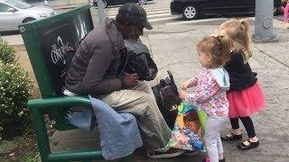 Download Adorable Kids Helping Homeless People - Cute Kids Videos (2018) Video