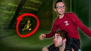 Download BOYFRIEND GHOST HUNTING Video
