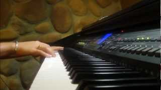 Download What make you beautiful ( One Direction ) piano version Video