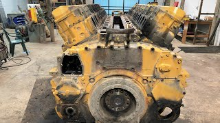 Download Tear Down of a 17,000 Pound 1800 Horsepower 69 Liter V16 Caterpillar 3516 Diesel Engine Video