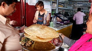 Download Chole Bhature ( 2 Piece ) @ 20 rs Only | Cheap & Best Street Food Lucknow Video