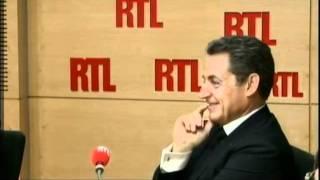 Download Laurent Gerra imite Nicolas Sarkozy présent dans les studios d'RTL Video