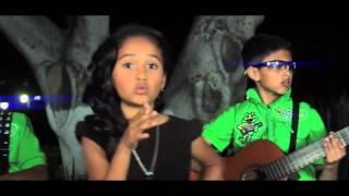 Download El estupido (La cumbia de cupido) - Los Papis ra7 ft. Janeth Guadalupe Video