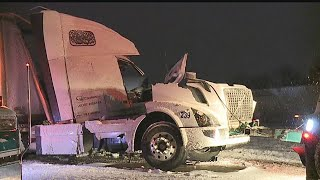 Download 2 semis collide on I-76 in Jackson Twp. Video