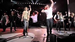 Download Sugarland, Matt Nathanson, & Little Big Town cover R.E.M.'s ″It's the End of the World...″ Video