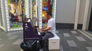 Download Dr Dre and Tupac Shakur Piano medley in Liverpool one performed by Christopher Scamp Video