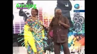 Download Mahamed Aden iyo Amina Farah Video