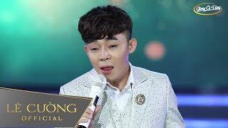 Download Chàng trai hát hai giọng nam nữ cực đỉnh đang gây sốt cộng đồng mạng | Không Giờ Rồi - Lê Cường Video