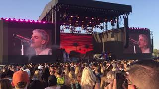 Download The Neighbourhood- DADDY ISSUES (Live @ Coachella 2018) Video
