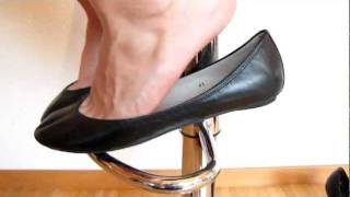 Download Black toe cleavage Ballerinas Flats dangling Video