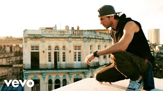 Download Enrique Iglesias - SUBEME LA RADIO ft. Descemer Bueno, Zion & Lennox Video