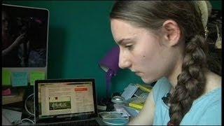 Download Caroline, 21,18 de moyenne au bac - 7/07 Video