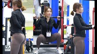 Download [4K] 180225 'MISS SEXY BACK' 김하늘(Kim Ha-neul) 트레이너 밀리언짐 부스 '스미스 머신' 시연 [SPOEX2018]【직캠/fancam】 Video