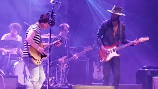 Download Gary Clark Jr and a lucky fan perform catfish blues. He Kills it!! Video