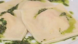 Download How to make homemade butternut squash ravioli Video