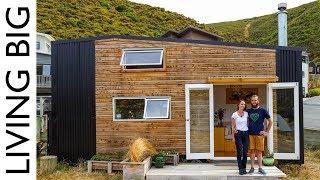 Download Super Cool DIY Tiny House With HUGE Movie Theatre Loft Video