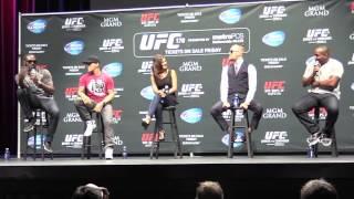 Download Jon Jones & Daniel Cormier Verbal Sparring (UFC 178 Q&A Media Day- LA) Video