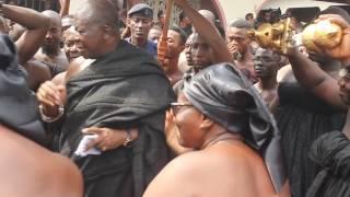 Download King of Ashanti Kingdom dancing Video