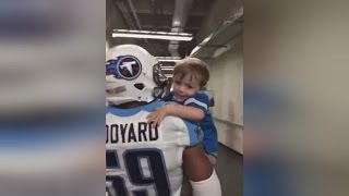Download 2-Year-Old Detroit Lions Fan Gets 'Carried Away' Giving High-Fives to the Titans Video