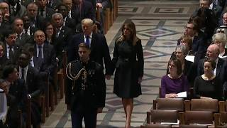Download PRESIDENT TRUMP And Melania Trump Enter Funeral For George H.W. Bush Video