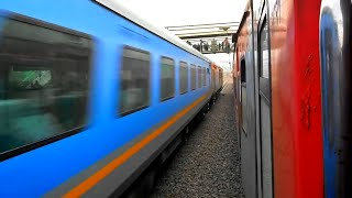 Download Unbelievable Scenes: The fastest Gatimaan Exp overtakes Goa Rajdhani @160 kmph-Fight for priority Video