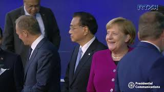 Download Family Photo of Leaders at the 12th Asia-Europe Meeting (ASEM) Summit 10/19/2018 Video